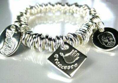 Charm-bracelet-2-1024x653